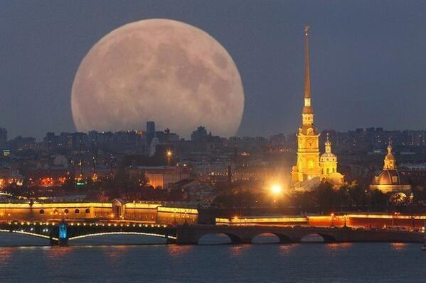 В ночь с 11 на 12 июля жители Земли увидят суперлуние