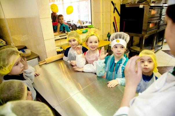 Детские мастер-классы от Ollis – это отличная возможность научить ребенка готовить и занять его полезным делом
