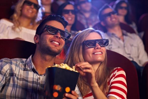 Как посмотреть любимый фильм недорого: скидки и акции в кинотеатрах Санкт-Петербурга