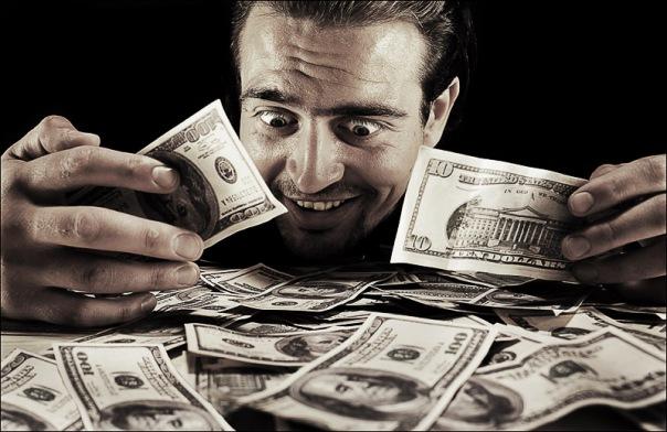 В Петербурге похитили деньги, предназначенные для ДНР и ЛНР