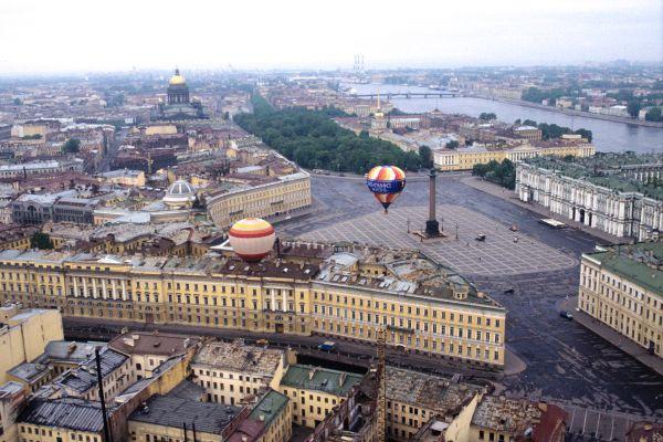 В центре Петербурга изменят схему движения