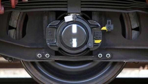 В Литве поезд Калининград-Петербург столкнулся с экскаватором