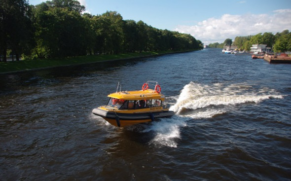 Аквабусы в Петербурге за сезон удвоили объемы пассажироперевозок