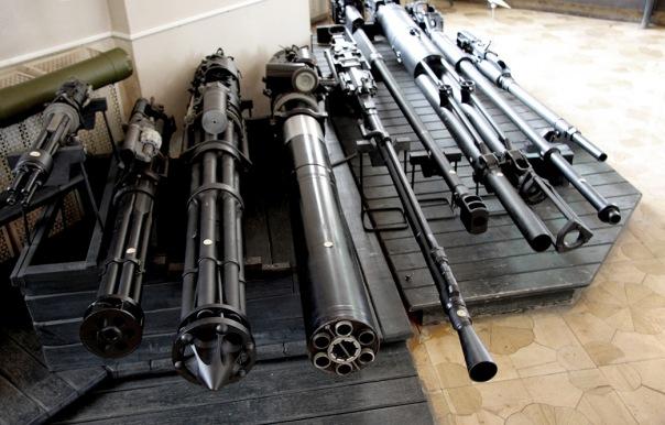 В квартире безработного петербуржца обнаружен склад оружия