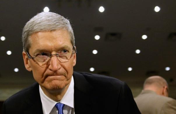 Российских депутатов хотят лишить iPhone