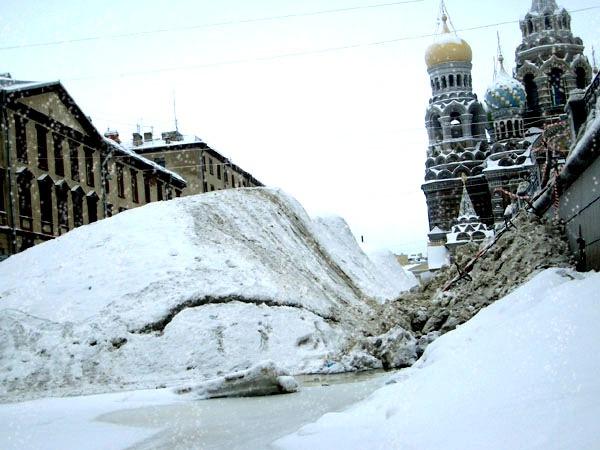 В Петербурге ожидается потепление и снег