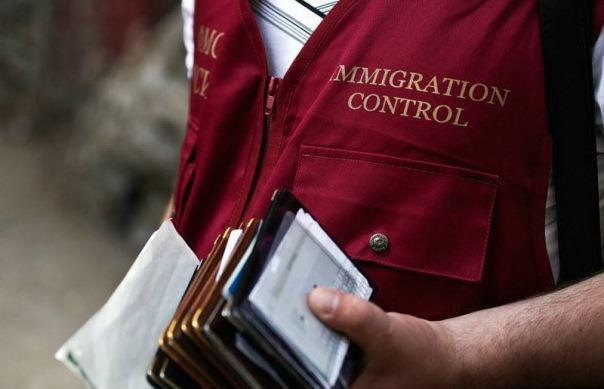 Миллиону мигрантов ФМС закроет въезд в Россию на 10 лет