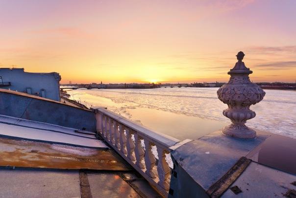 Декабрь стал самым темным месяцем в году для петербуржцев