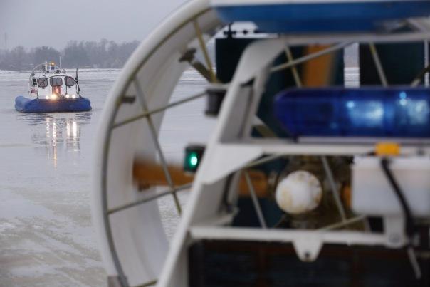 Спасатели МЧС провели профилактический рейд на акватории Финского залива