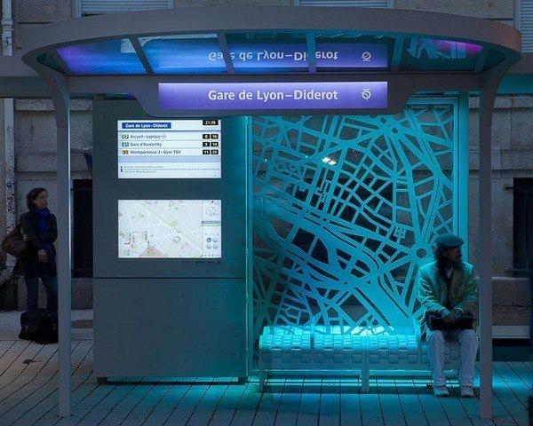 К лету в городе установят 160 современных остановок