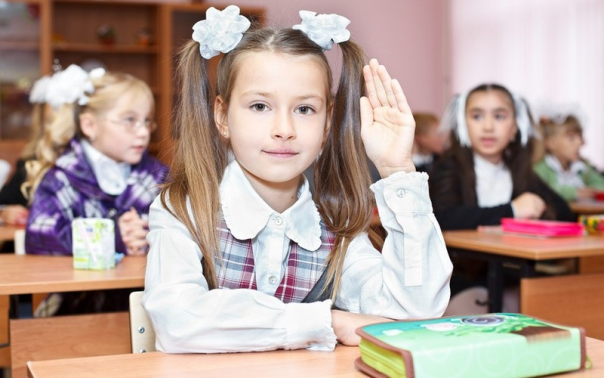Первоклассникам запретили заниматься больше 4 уроков в день