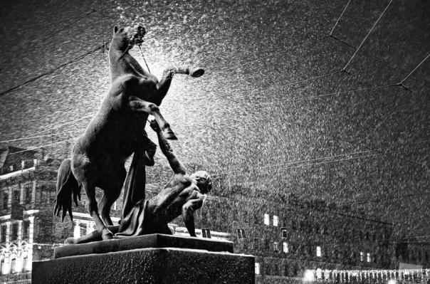 МЧС предупреждает о метели с мокрым снегом в Петербурге и Ленобласти