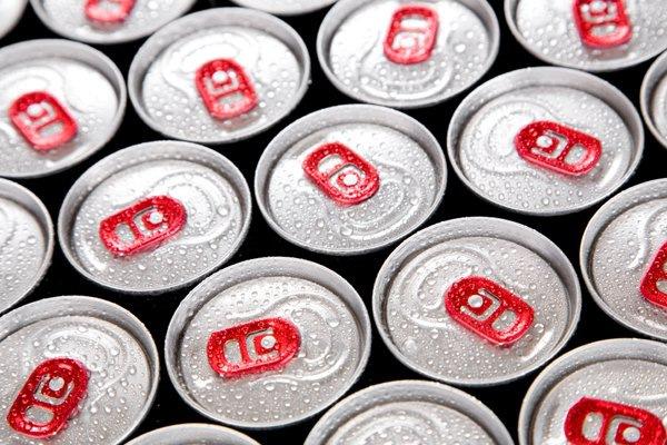 В Петербурге вступил в силу запрет на продажу алкогольных энергетиков