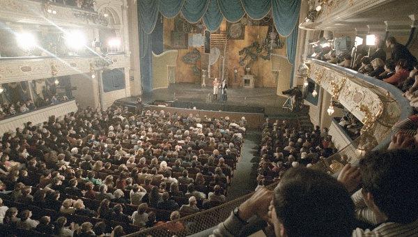 В День театра билеты будут продавать с большой скидкой