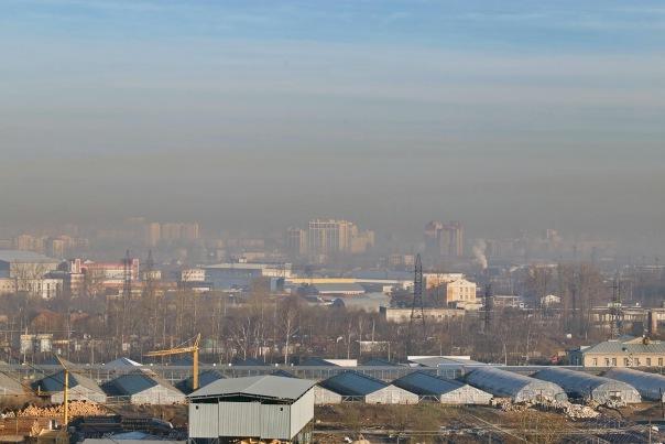 За прошедшие сутки из Петербурга вывезли почти 500 тонн пыли