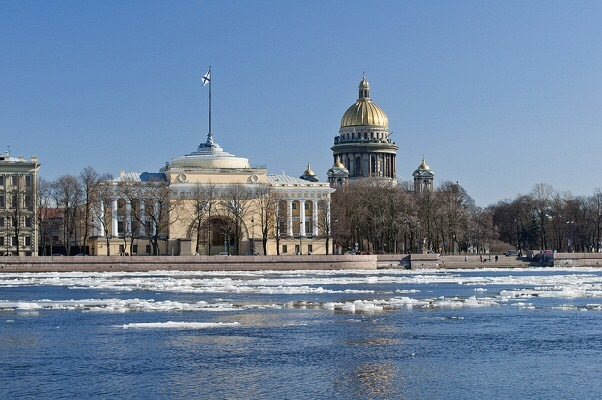 В 2015 году в Северной столице не будут выбирать почетных граждан
