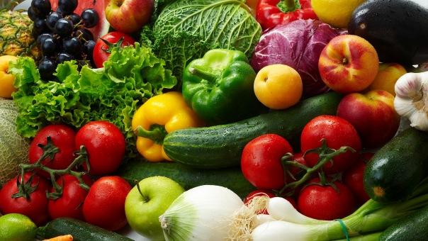 На Пулковском шоссе задержали и уничтожили 73 тонны подозрительных овощей