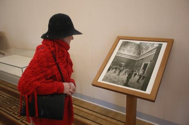 Японский художник подарил Эрмитажу работы об истории музея в блокаду