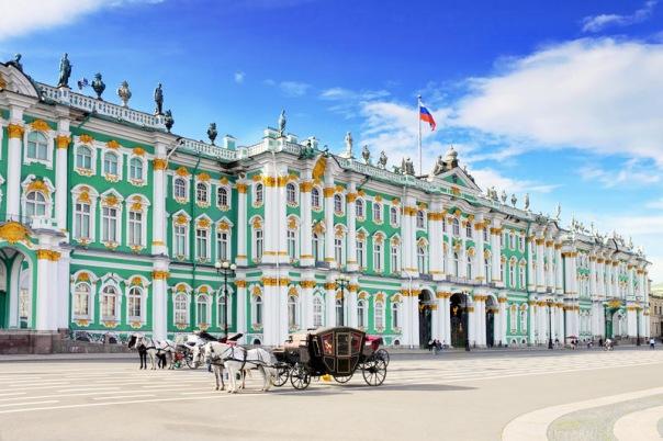 На праздничных выходных в Петербурге будет тепло и солнечно