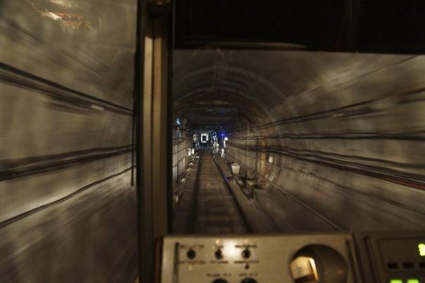 В кабинах водителей поездов петербургского метро установили видеорегистраторы