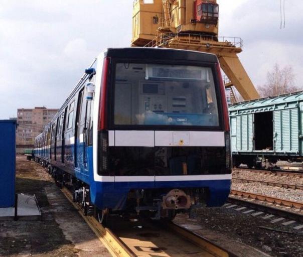 Метро Петербурга получило первый состав Юбилейный с асинхронным двигателем