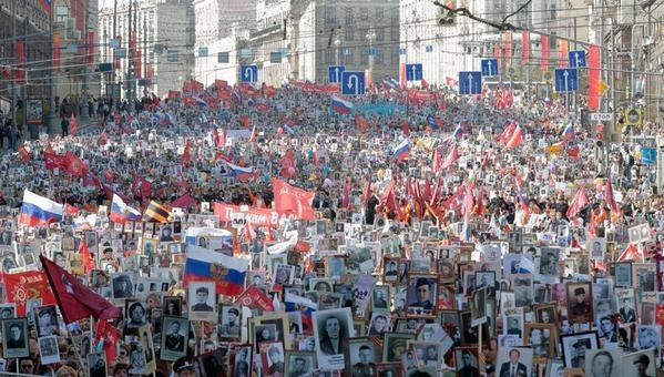 Активисты пожаловались Полтавченко на работу метрополитена во время акции Бессмертный полк