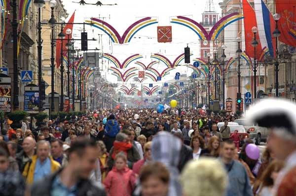 День города в Петербурге: Скромно, но со вкусом