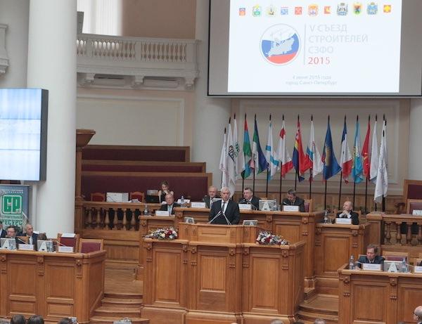Петербург совершенствует инвестиционное законодательство для поддержки строителей