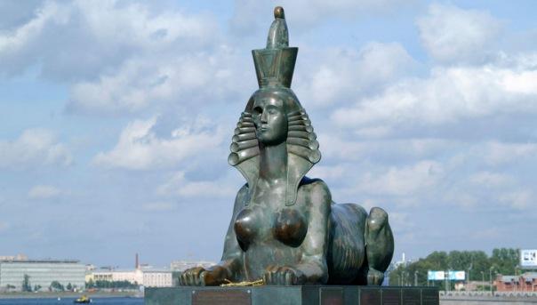 Вандалы в Петербурге разрушили памятник жертвам политических репрессий
