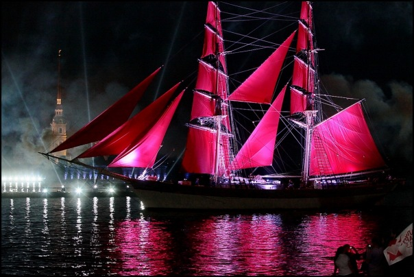Корабль Tre Kronor пришвартовался в Петербурге