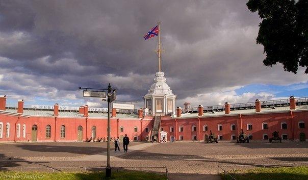 Бесплатное посещение музеев Петропавловки продлили до конца октября