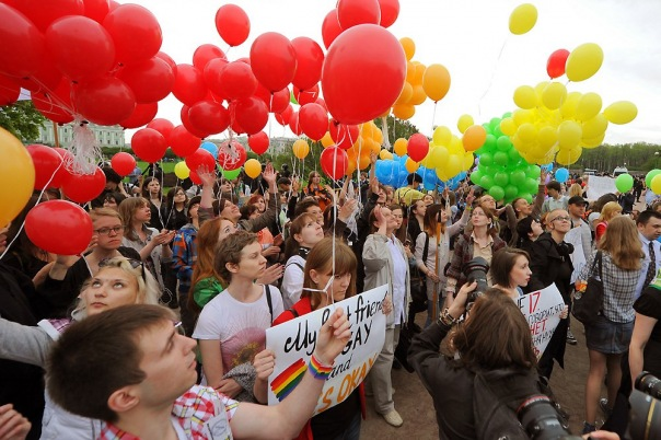 Смольный не согласовал ЛГБТ-шествие на Марсовом поле
