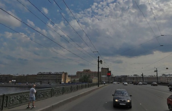 На Литейном мосту до конца ноября ограничат движение