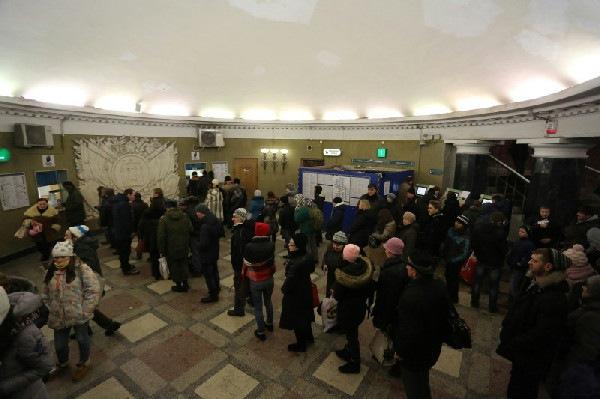 Суд запретил петербургскому метро ограничивать продажу жетонов