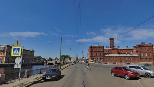 Водителя из стреляющего кортежа отпустили из полиции в Петербурге