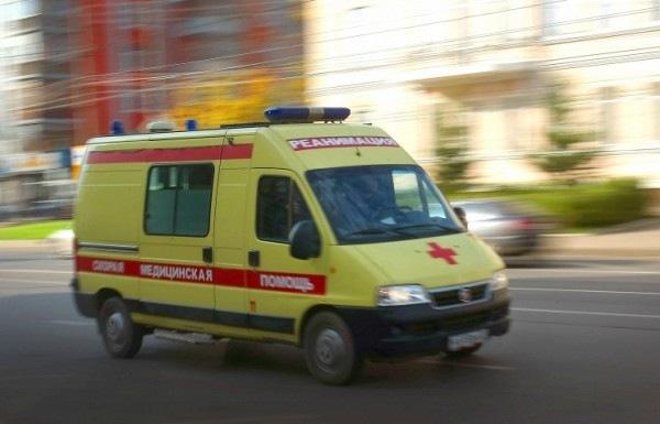 Жители Петербурга провели митинг против развала скорой помощи