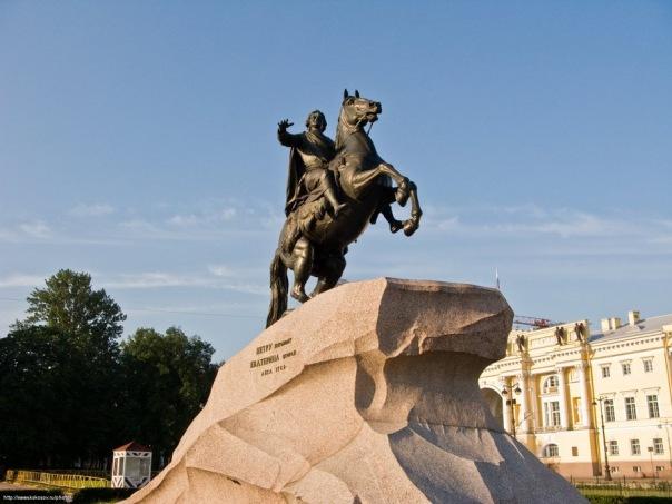 Петербуржцам предложили самим выбрать, кому устанавливать памятники