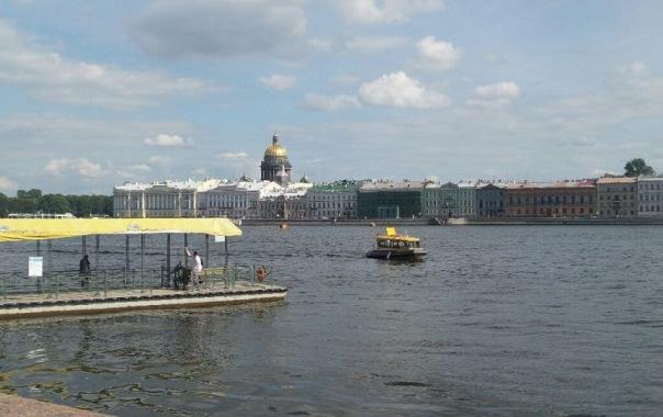 Ночью Петербург накроют ливни и грозы