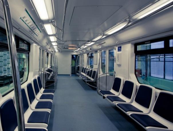 Смольный проработал детали беспроводного интернета в вагонах метро