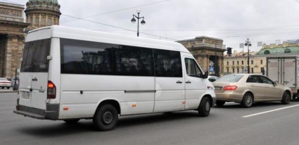 Петербургские маршруточники смогут устанавливать любые цены на проезд