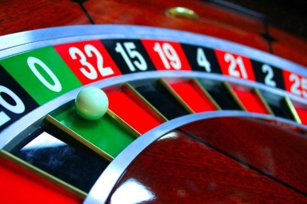 Полиция закрыла подпольное казино на севере Петербурга