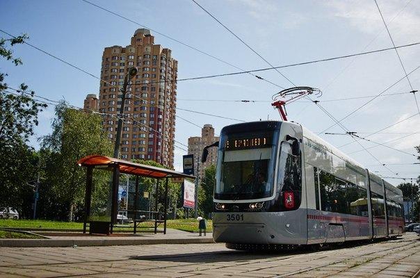 Трамваи нового поколения с wi-fi выходят на северные маршруты города