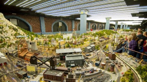 Миниатюрный Петербург: 8 мест, где можно увидеть мир в миниатюре...