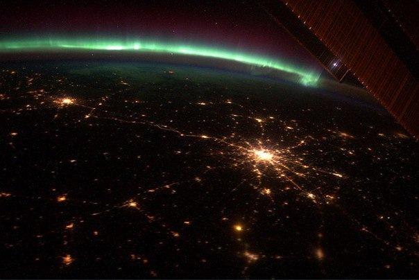 Жители Петербурга этой ночью увидят северное сияние