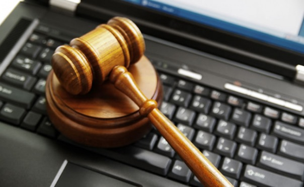 Смольнинский суд рассмотрел дело группы MDK ВКонтакте
