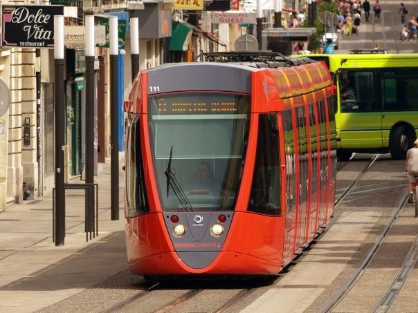 Современные частные трамваи будут курсировать по городу