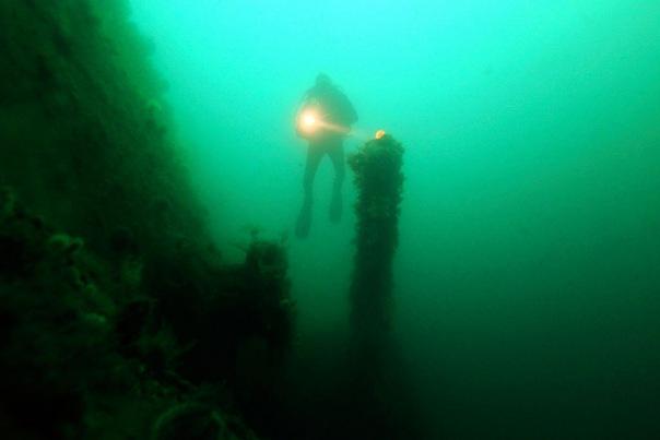 Дайверы нашли в Швеции затонувшую 300 лет назад любимую яхту Петра I