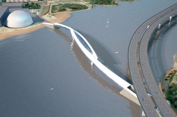 Смольный выделил 50 млн рублей на строительство Яхтенного моста