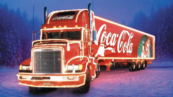 Новогодние грузовики Coca-Cola парадом проедут по Петербургу