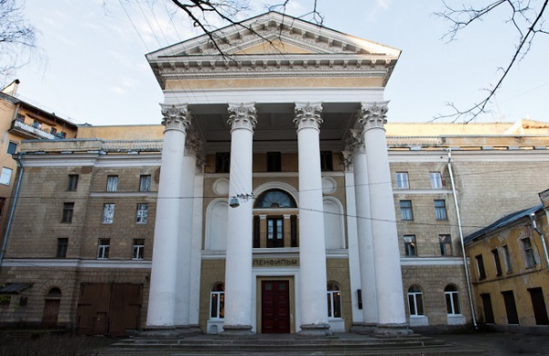 Ленфильм попросил у Минкульта 100 млн рублей на ремонт фасадов